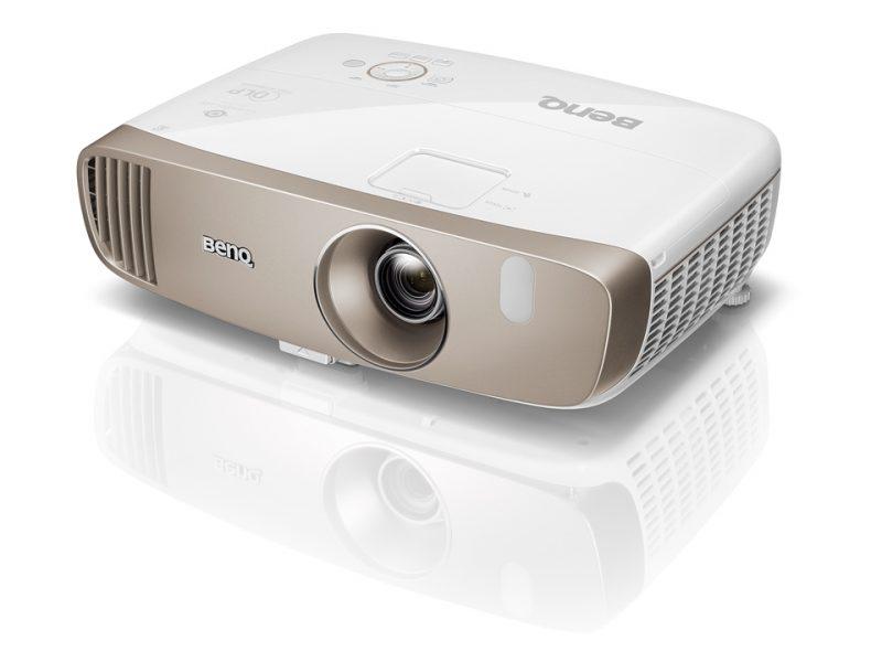 BenQ Home Video Projectors W2000 Menghadirkan Pengalaman Menonton Bioskop ke Ruang Tamu Anda