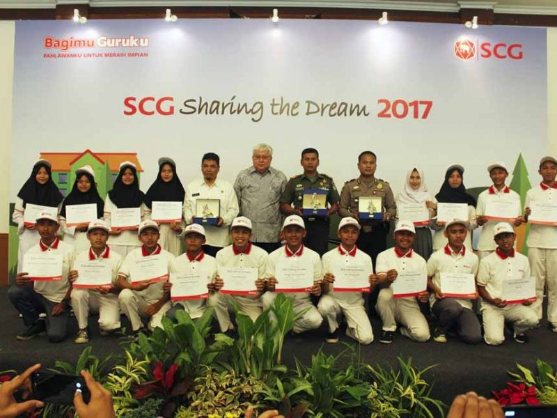 """public relations, Latest Event: SCG Indonesia's """"Sharing the Dream"""" Scholarship for 150 Students in Sukabumi-Public Relations Portal and Communications Business News Indonesia"""