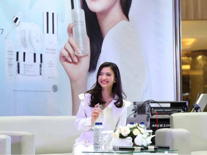 public relations, Wardah Launched the New Innovated Pure Treatment Essence-Public Relations Portal and Communications Business News Indonesia