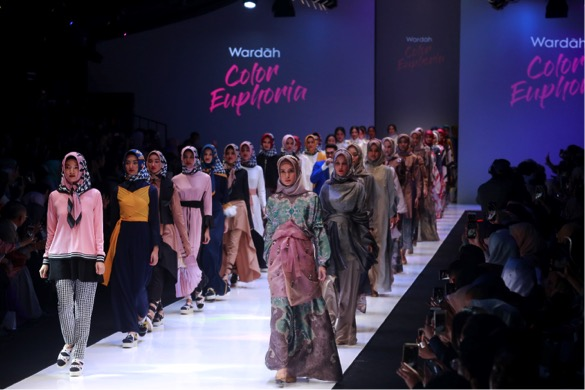 public relations, Wardah Unveiled Their Newest Make Up Collection in JFW 2018-Public Relations Portal and Communications Business News Indonesia 1
